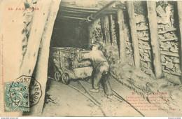 MINE MINEURS AU PAYS NOIR. Le Galibot 1907 (grand Pli Transversal Et Coin) - Mines