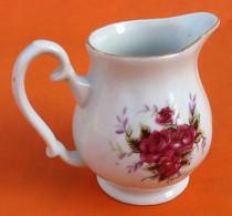 Pichet / Pot à Lait  Porcelaine Blanche à Décor Floral (roses) Hauteur : 85mm - Altri
