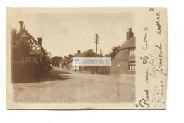 Unidentified British Village, Street Scene - Early Real Photo Postcard - Da Identificare