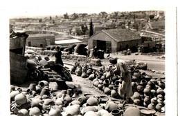 ISRAEL/PALESTINE . 1940 . GAZA . POTTERS AT WORK - Lieux