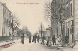 CARTE POSTALE ORIGINALE ANCIENNE : VERDUN SUR MEUSE AVENUE MIRIBEL ANIMEE MEUSE (55) - Verdun
