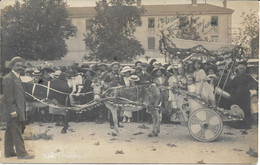 CPA - France - (85) Vendée - La Roche-Sur-Yon - Carte Photo - Char Tiré Par 2 ânes Place Napoléon (Fête Des Fleurs 1911) - La Roche Sur Yon