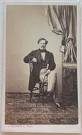 CDV. Portrait D'un Homme. Photographe A. Trantoul. Toulouse. France. - Oud (voor 1900)