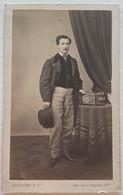CDV. Portrait D'un Homme. Photographe Bretagne & Cie. Toulouse. France. - Oud (voor 1900)