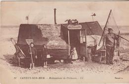 CPA 80 (Somme) CAYEUX Sur MER / HABITATIONS DE PÊCHEURS / ANIMEE / BON PLAN - Cayeux Sur Mer