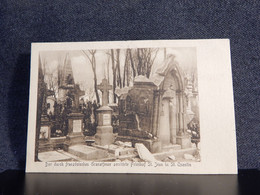 France St.Quentin Granatfeuer Friedhof__(12185) - Saint Quentin