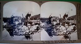 PHOTO STEREOSCOPIQUE WW1 SOLDATS ANGLAIS MINANT UN PONT WWI ENGLISH SOLDIERS RETIRE MINE ACROSS CROZAT CANAL - War, Military