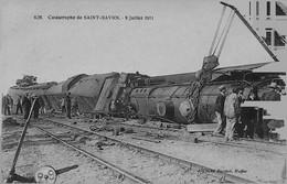 SAINT - SAVIOL -- Catastrophe Du 9 Juillet 1911 - GROS PLAN Avec PERSONNAGES - Other Municipalities