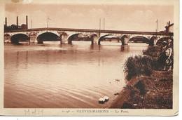 54 - Neuves Maisons - Le Pont - Cpa Vierge - Neuves Maisons