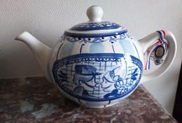 THEIERE Couleur Blanche Bleue BLOND AMSTERDAM - Neuve - Contenance 1.5 L - Teapots