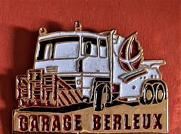 La RARE DENNEIGEUSE J.O ALBERVILLE 92 : Garage BERLEUX, émaillé Base Or, Format 3X2,5cm - Jeux Olympiques