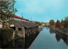 CPSM Ruffec-Vieux Lavoir-Timbre  L900 - Ruffec