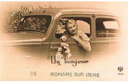 26 UN BONJOUR   DE  ROMANS  SUR  ISERE  CPM  TBE   736 - Romans Sur Isere