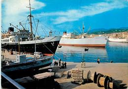 20 - Bastia - Bateaux Dans Le Port - CPM - Voir Scans Recto-Verso - Bastia