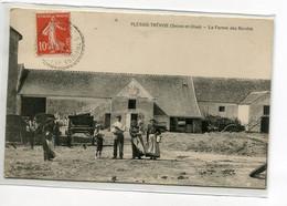 94 PLESSIS TREVISE La Ferme Des Bordes Paysans Dans La Cour Charettes 1909 écrite   D05 2020 - Other Municipalities