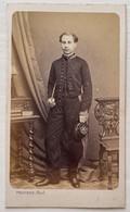 CDV. Portrait D'un Homme. Photographe A. Provost. Toulouse. France. - Oud (voor 1900)