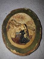 Médaillon Ancien En Stuc , Cadre En Laiton , Couvercle En Verre - Religion & Esotérisme