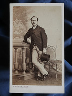 Photo CDV Furst à Nantes  Homme élégant  Haut De Forme  Sec. Empire  CA 1865 - L562B - Oud (voor 1900)