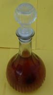 Carafe De Cognac : Une Carafe  Prototype En  Verre Teinté , Pour Les Cognac HARDY - Spirits