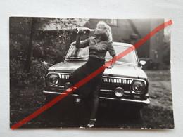 Photo D'époque. Original. Vieille Voiture. L'URSS - Automobile
