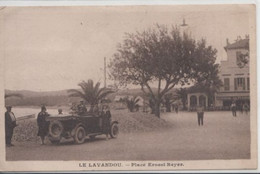 Le Lavandou-Place Ernest Reyer - Le Lavandou