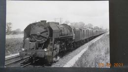 Photo De Format CP - Train Express 1960 1111 Paris Austerlitz à Mehun-sur Yèvre - Trains