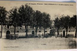 DRAGONS - PROVINS—Cour Et Bâtiment Du 1er Escadron (Quartier Delort) - Provins