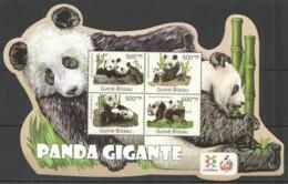 BC662 2011 GUINE GUINEA-BISSAU FAUNA WILD ANIMALS WWF GIANT PANDA GIGANTE KB MNH - Orsi
