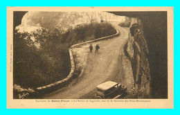 A847 / 427 15 - Env SAINT FLOUR Route De Laguiole Vue De La Caverne - Unclassified