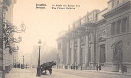 BRUXELLES - Le Palais Des Beaux-Arts - Monuments