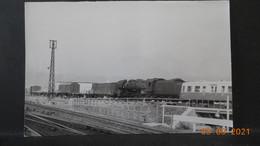 Photo De Format CP - Avant La Gare De Clermont 1968 - Trains