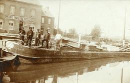 Péniche   Devant  Epicerie Francaise Carte Photo - Houseboats