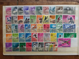 SAN MARINO Anni '60 - Lotticino Serie Complete Nuovi ** + Spese Postali - Neufs