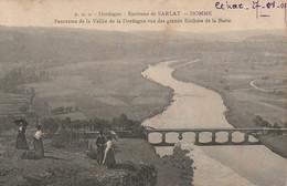 QU 3-(24) ENVIRONS DE SARLAT - DOMME - PANORAMA DE LA VALLEE DE LA DORDOGNE VUE DES GRANDS ROCHERS DE LA BARRE - 2 SCANS - Otros Municipios