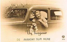 18  UN BONJOUR    DE   AUBIGNY  SUR  NERE   CPM  TBE   772 - Aubigny Sur Nere