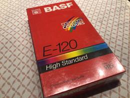 VHS Bash Fantastische Colours Chrome Vidéo High-tech Standard Cassette Neuve Emballage D'origine - Altri