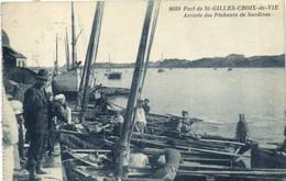 Port De St GILLES CROIX De VIE  Arrivée Des Pecheurs De Sardines RV - Saint Gilles Croix De Vie