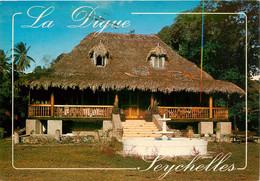 CPSM Seychelles-La Digue-Beau Timbre    L906 - Seychelles