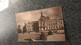 CSM - 9010.  LOUVIERS Place Ernest Thorel Et L'hôtel De Ville - Louviers