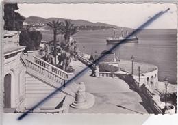 Monté Carlo ; Les Terrasses Et Le Tir Aux Pigeons. Vue Sur Le Cap Martin - Terraces