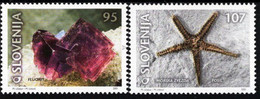 Slovenia - 2001 - Minerals And Fossils - Fluorite And Sea Star - Mint Stamp Set - Slowenien