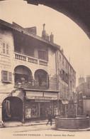 Clermont Ferrand Vieille Maison Rue Pascal électricien P.Gamet - Clermont Ferrand