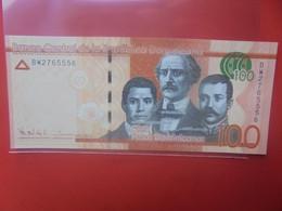 DOMINIQUE 100 PESOS 2014 Peu Circuler (B.24) - Dominicana