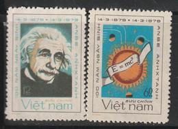 VIETNAM - N°165/6 ** (1979) Albert Einstein - Vietnam