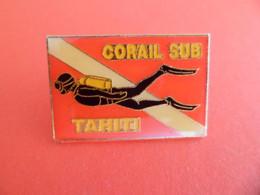 Pins Club De Plongée Corail SUB Plongeur TAHITI - Immersione