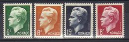 Monaco Timbre  N°365 à N° 368 Neuf ** Prince Rainier III Série Complète - Unused Stamps