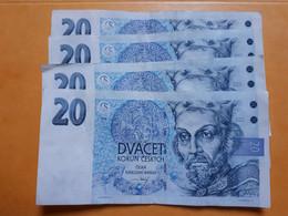TCHEQUIE 530 KORUN EN BILLETS DE 20 ET 50 - Mezclas - Billetes