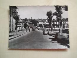 Carte Ancienne AURILLAC Le Pont Bourbon Et Avenue Gambetta Avec Anciennes Automobiles - Aurillac