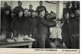 Camp De Leeuwarden Un Bout De Toilette - Leeuwarden