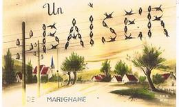 13 UN BAISER    DE  MARIGNANE   CPM  TBE   828 - Marignane